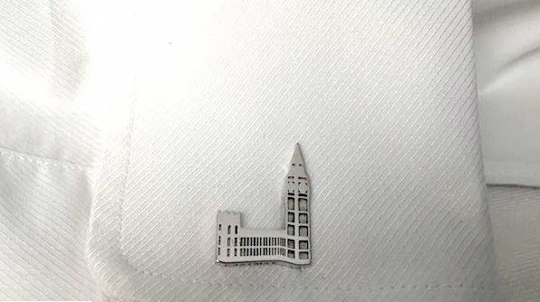 THE SILVER CUFFLINKS: FEATURES AND SPECIFICATIONS